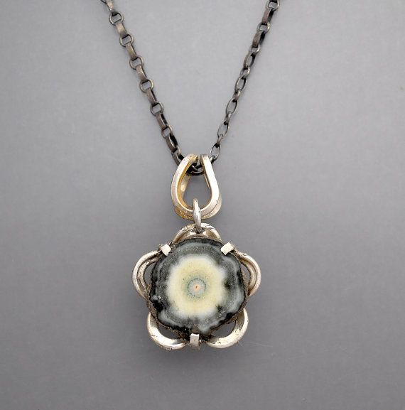 Agate Stalactite Flower Necklace by Temi on Etsy