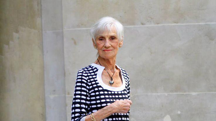 Советы 90-летней женщины. Перечитывать минимум раз В неделю!Пожалуйста, дочитайте до конца. Написано Региной Бретт, 90 лет отроду, Кливленд, Огайо [[MORE]]Желая отметить свое 45-летие, я составила 45 уроков, которые преподала мне жизнь. Это самая...
