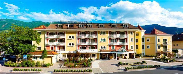 Das fabelhaft Familien- und Wellnesshotel #Prokulus in #Meran #Südtirol. Mehr Informationen unter http://www.selectedhotels.com/de/hotel/familien-und-wellnesshotel-prokulus