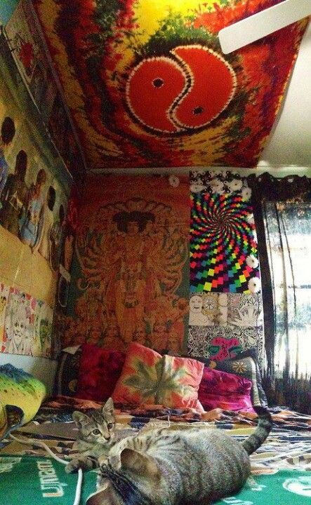 psychedelic tie dye and hippy bedroom on pinterest