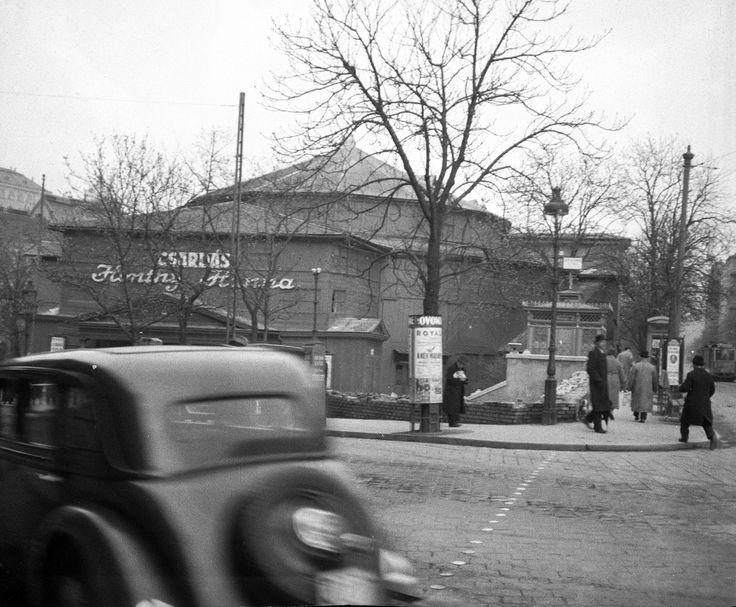 A volt Budai Színkör, ma Horváth kert  http://urbface.com/budapest/a-volt-budai-szinkor 1937-ben bontották le.