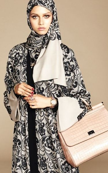Floral Black & White Hijab and Abaya from Dolce & Gabbana's Debut Collection for the 'Arab World': (http://www.racked.com/2016/1/5/10714902/dolce-gabbana-abaya-collection#6246533)