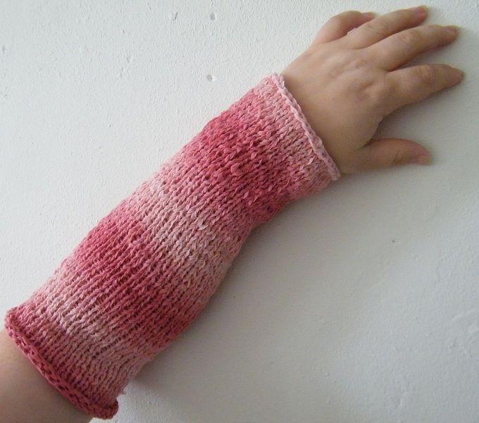 Armwarmers - Handgebreide Armwarmers roze - Een uniek product van EccentricLady op DaWanda