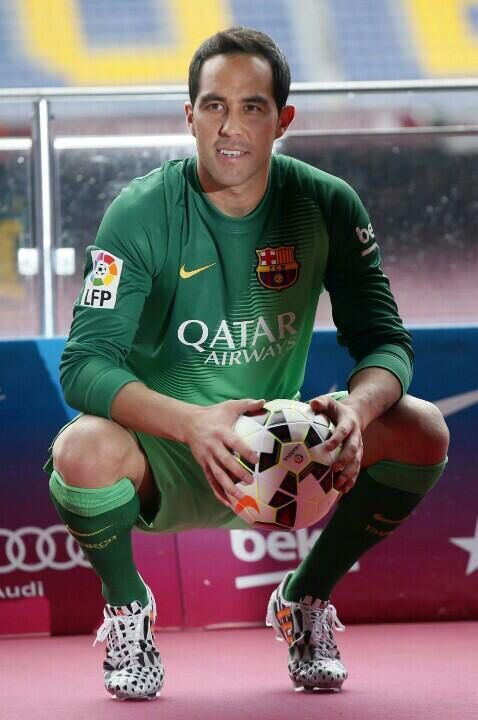 Claudio Bravo - FC Barcelona - Spain