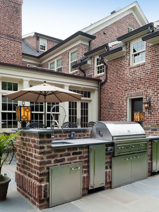 1000 images about brick houses on pinterest front doors for Outdoor kitchen brick design