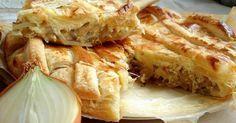 Луковый пирог— очень аппетитное блюдо немецкой кухни. Готовят его либо из дрожжевого, либо из слоеного теста. Основной начинкой является обжаренный лук, также в блюдо добавляют сыр, яйца и сметану …