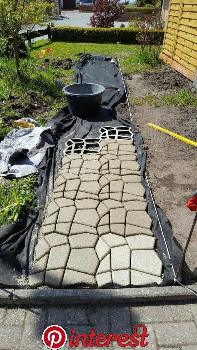 Amazon De Customer Reviews Wendi Villarreal Concrete Form Mold Mold Polypropylene Mold Na Stone Pavement Backyard Landscaping Designs Paving Stones Walkway