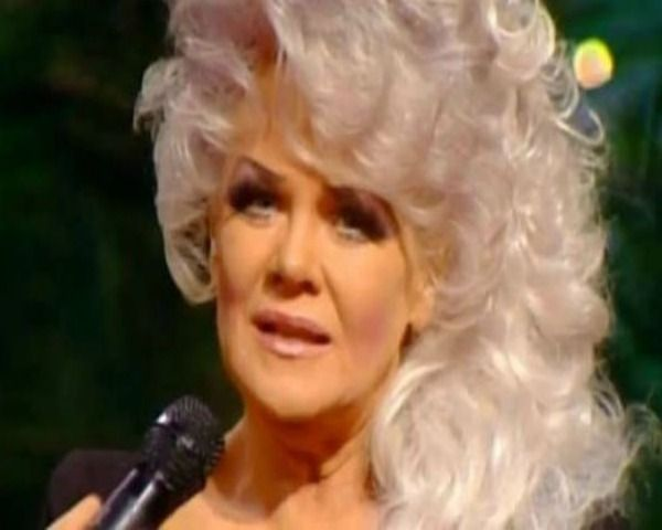 Jan Crouch Dead: How Did She Die & 5 Facts About The Televangelist - http://www.morningledger.com/jan-crouch-dead-die-5-facts-televangelist/1376325/