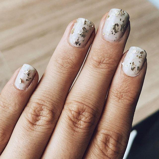 💅🏼 #manucure #notd #nails #nailart #vernis #vernisaongles  #kiko #bourjois #instanails  #blog  #blogger #beautyblogger #blogueuse #blogueusebeaute #blogbeaute #youtuber #bloguera #instadaily #picoftheday #toulouse #blogueusetoulousaine