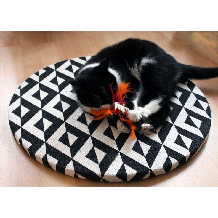 Poezenrijk krabplank Het Vliegend Tapijt PYRAMIDS voor katten