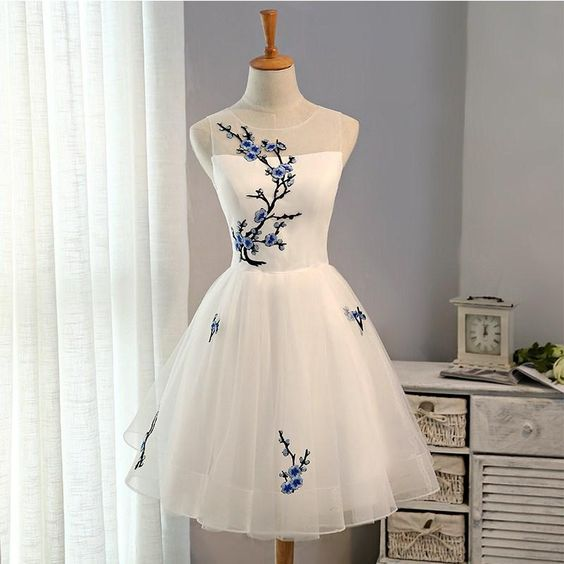 White Short Homecoming Dress with Embroidery, Knee Length Prom Dresses, Cute Formal Dresses,YY273