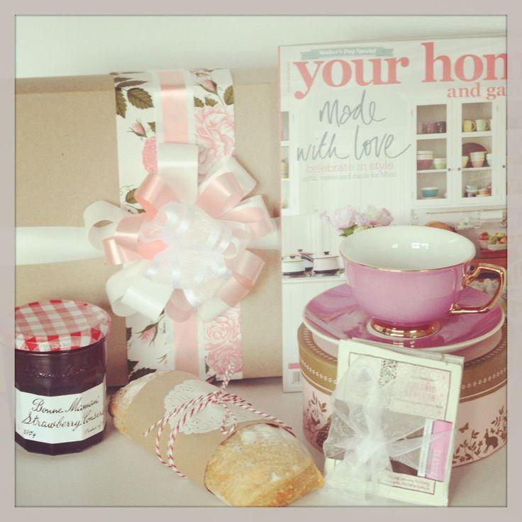 Breakfast in Bed http://www.thepressiebox.co.nz/product.php?gift=breakfast_in_bed&cart=MORGHedCV4nE3u7GJ5Crke81nrdbPXhr&sku=PB0093&i=no