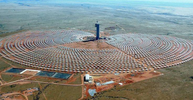 Sudáfrica recibe un 90 % de horas de sol al año. Abengoa consciente de elllo y de las necesidades energéticas de esta geografía ha desarrollado las plantas termosolares KaXu Xina y Khi Solar One//South Africa receives 90 % of hours of sunshine a year. Abengoa aware of elllo and the energy needs of this geography has developed solar thermal KaXu Xina and Khi Solar One plant  #sol #energía #energíasolar #termosolar #cinturónsolar #energíalimpia #sostenibilidad #desarrollosostenible #África…