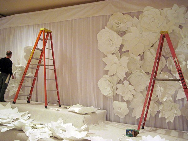 Flower Wall (paper LOVE)