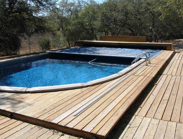 Above-Ground Swimming Pool Designs, Shapes and Styles: Retractable Pool Cover