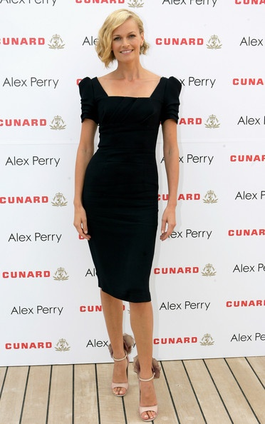 Sarah Murdoch - looks and class!