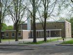 Museum Nagele Het museum stelt de architectuur centraal in een permanente expositie. Deze expositie gaat in op de ontstaansgeschiedenis van Nagele en haar unieke plaats in de architectuurgeschiedenis van Nederland. Daarnaast organiseert Museum Nagele wisselexposities waarin architectuur en beeldende kunst een belangrijke rol spelen. Sinds 1998 is Museum Nagele gehuisvest in de voormalige rooms-katholieke kerk, die gebouwd is door de architecten T. Taen en T. Nix.