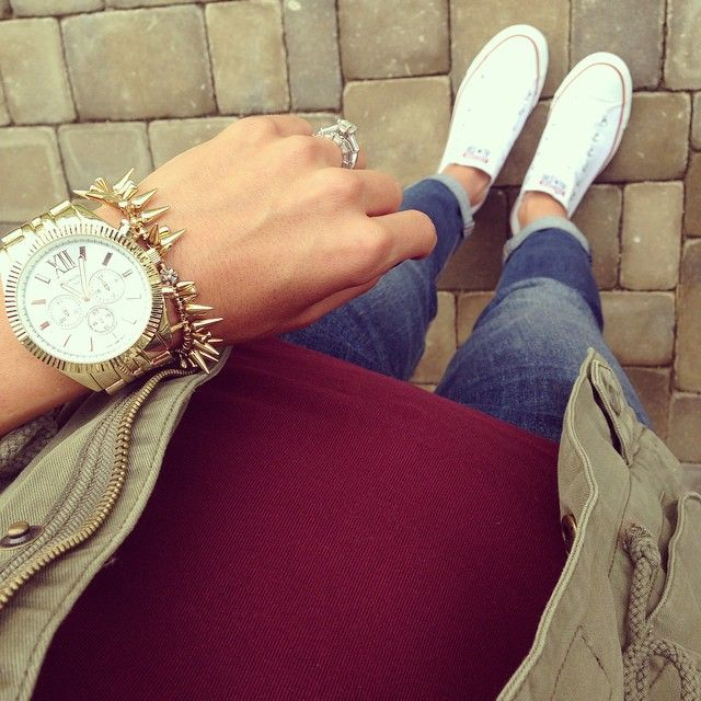 Fall colors.  Burgundy jcrew perfect tee.  Marshalls cargo vest.  Old navy jeans.  white converse all stars.  Lulus gold watch