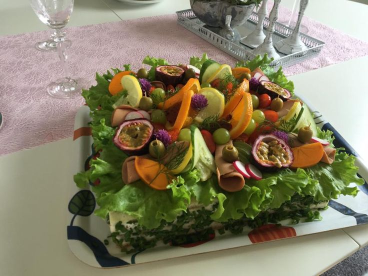 Igår gjorde jag en vegansk smörgåstårta - Josefin Ahlin - Facebook