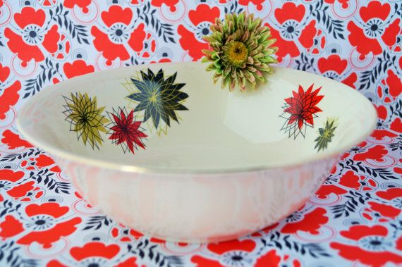 An iconic 1950s Alfred Meakin bowl - love this one!