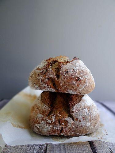 sourdough date bread