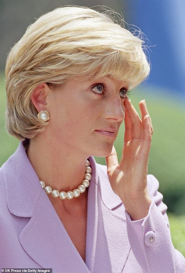 Priceless Quotes From The Royal Family That Ll Make You Laugh And Cry Princesa Diana Diana Princesa Diana De Gales