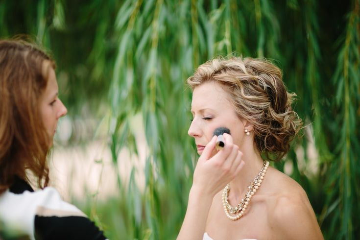 Wedding Personal Attendant - Duties and Checklist