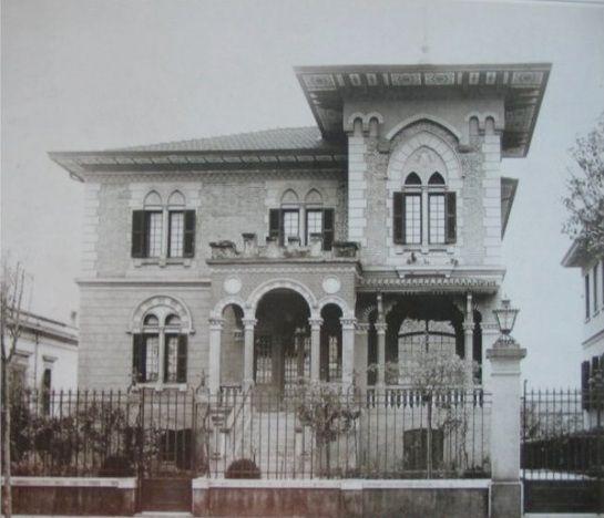 1920 - Avenida Paulista, entre rua Augusta e rua Peixoto Gomide. Residência de João Baptista Scurachio.