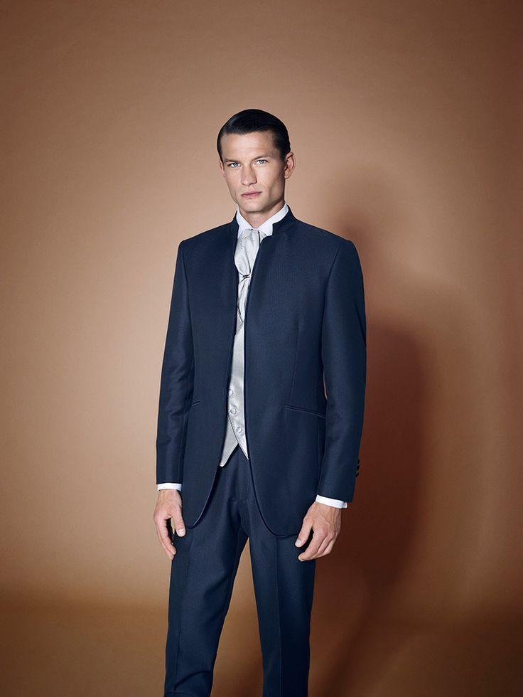 traje-de-novio-cijuela-azul-oscuro