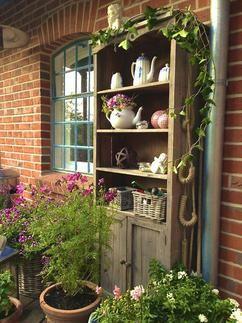 So einen wunderschönen Schrank will ich auch für unseren Garten