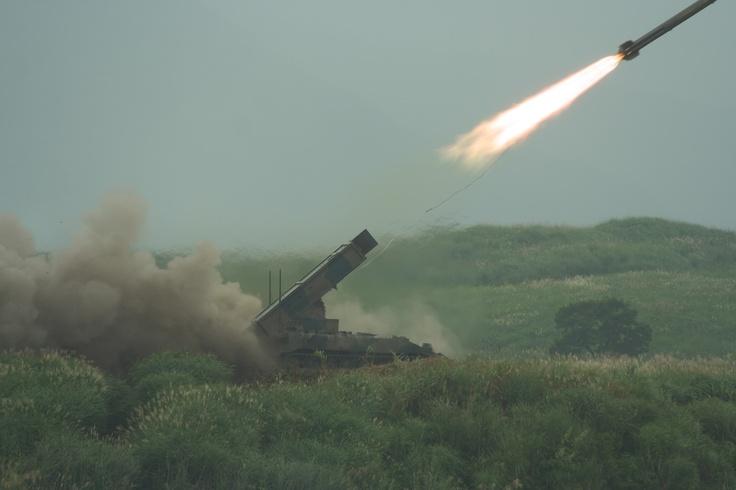ミサイル発車