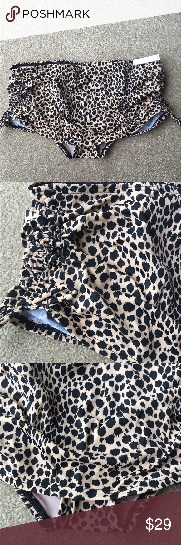 Large Victoria Secret Skirted Bikini - Leopard Brand new Victoria's Secret Swim Bikinis