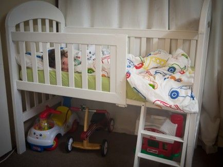 From Outstanding to Easy: 20 DIY Toddler Beds. I think this would be a neat bed for my daughter!
