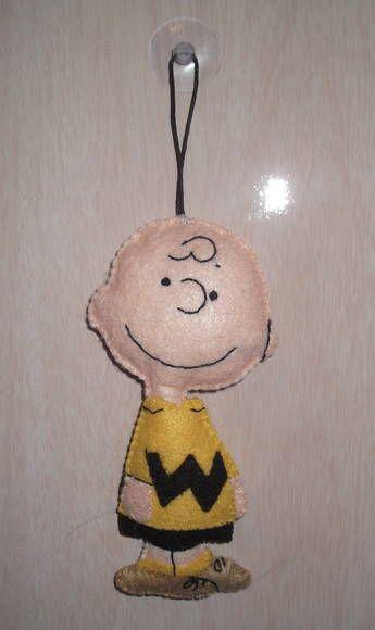 Charlie Brown com ventosa para ser colocado no vidro do carro, na janela do quarto...