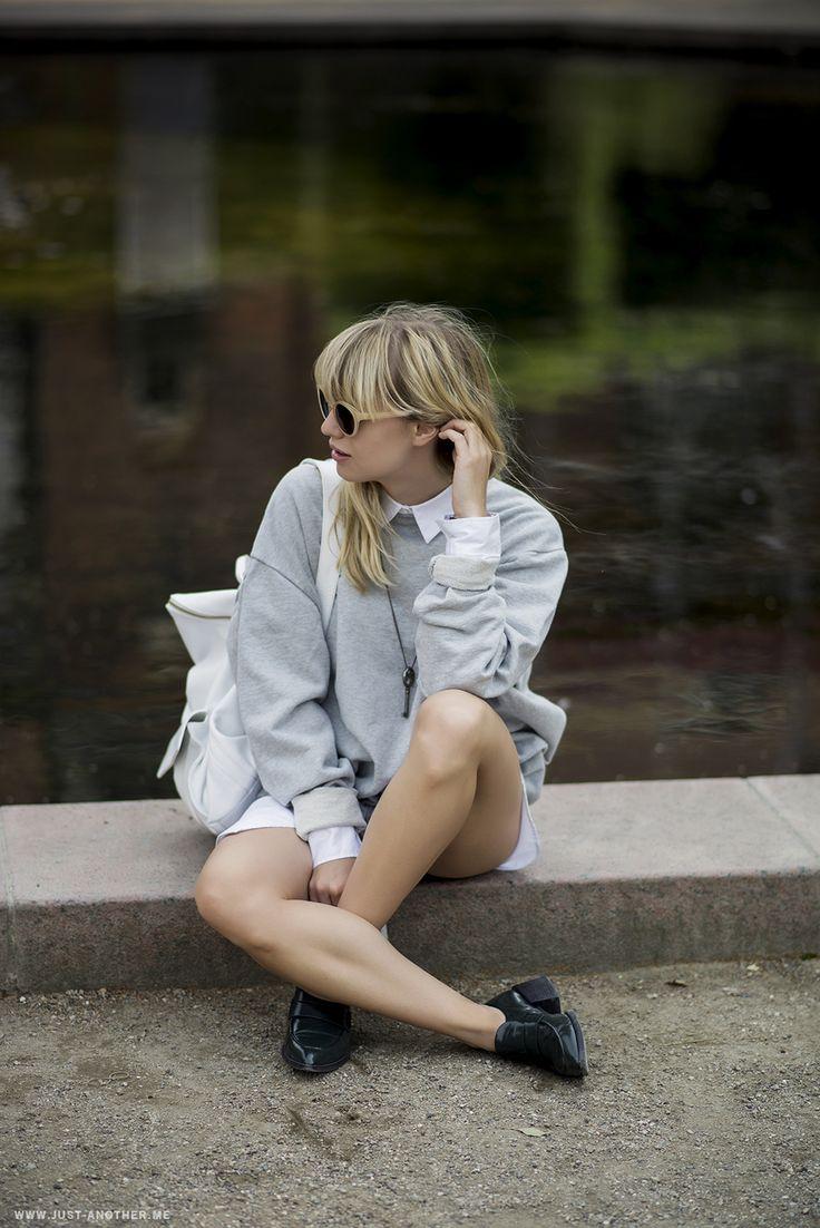 シャツにスエットの襟だしコーディネート。 - 海外のストリートスナップ・ファッションスナップ