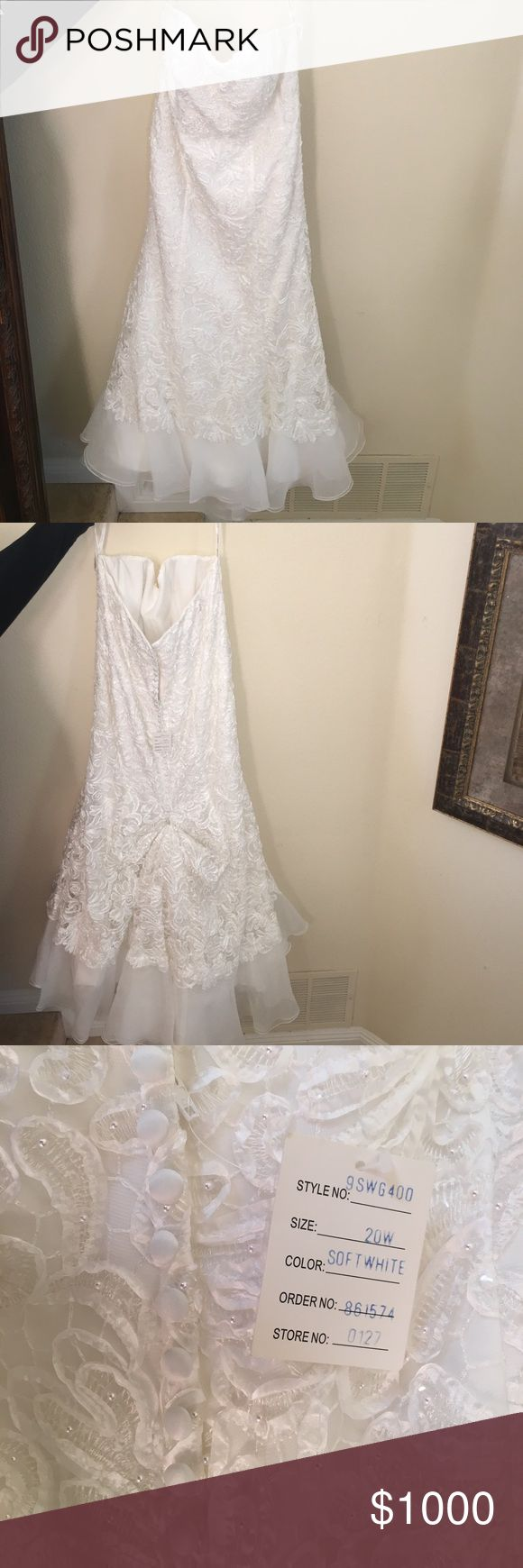 💥1 HOUR 💥Galina Signature Mermaid Wedding Dress Never worn! In perfect condition! Beautiful strapless gown with a mermaid style train. Dress original cost $1500 plus come,  $50 under skirt & $20 dress bag, & $189 wedding dress box - all in original packaging! Wedding was called off so the dress never got to be worn. No trade! Bundle 3+ items for 15% off. REASONABLE offers accepted! Please don't send an offer for 50% off. Thank you! David's Bridal Dresses Wedding