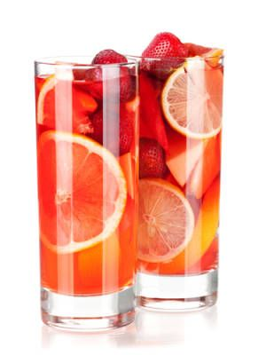 16 cocktails made with wine: Summer Cups, King Gingers, Gingers Liqueurs, Cranberries Juice, Glasses Fillings, Wine Cocktails, White Wine, Wine Drinks, Cocktails Recipes
