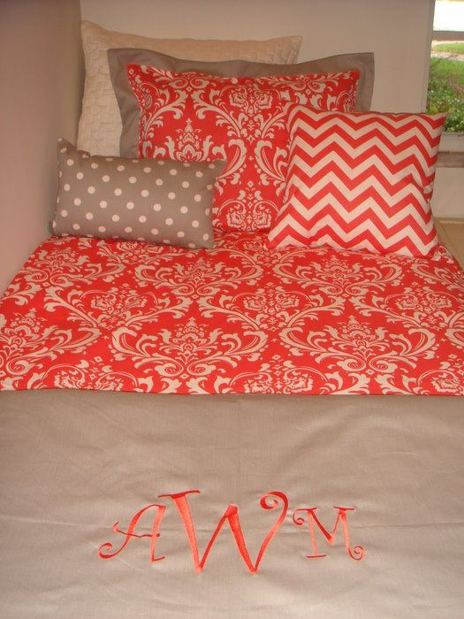i want this so bad!: Guest Room, Little Girls, Colors Combos, Dorm Room, Beds Spreads, Colleges Girls Bedrooms, Kids Room, Girls Room, Colors Girls Bedrooms