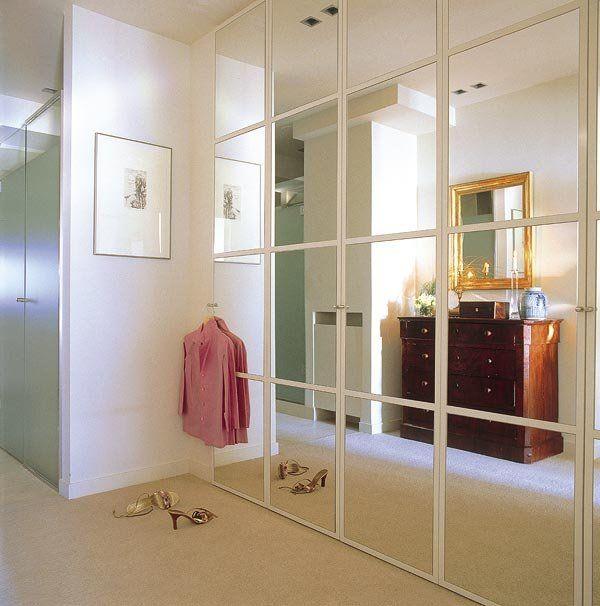 Las 25 mejores ideas sobre puertas de armario con espejos for Puertas armarios empotrados
