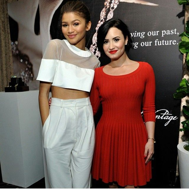 """- NEW PHOTO - Zendaya and @ddlovato at the unite4:humanity event in Beverly Hills, CA - (HQ) #demilovato ❤ - February, 19th ,2015 - @Zendaya 
