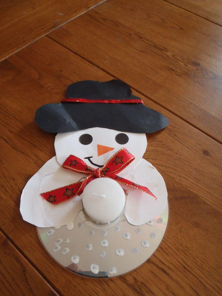 Bonhomme de neige bougeoir cd brico maternelle pinterest tes adh sif et pierres pr cieuses - Bricolage de noel pinterest ...