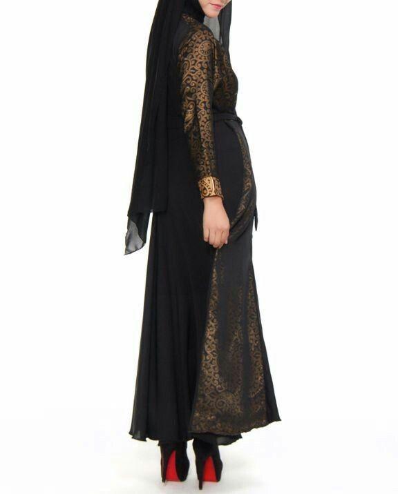Jubah hitam gold arab pamdangam belakang #hijab #hijabfashion #fashion #shayla