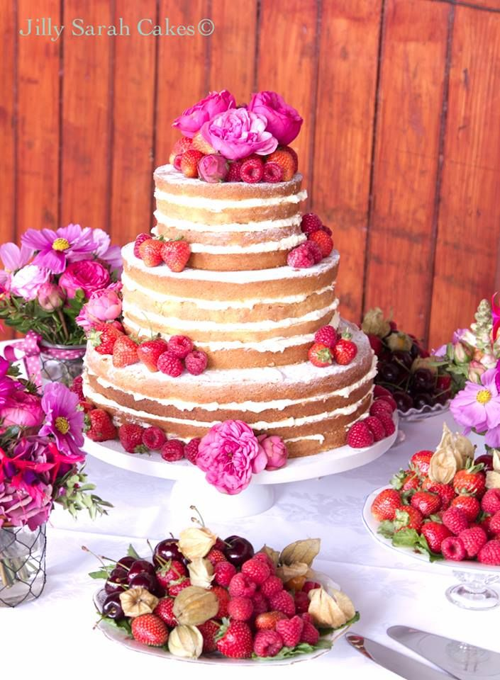 Jilly Sarah Cakes; Super Chic Wedding Cake Inspiration from Jilly Sarah Cakes - MODwedding