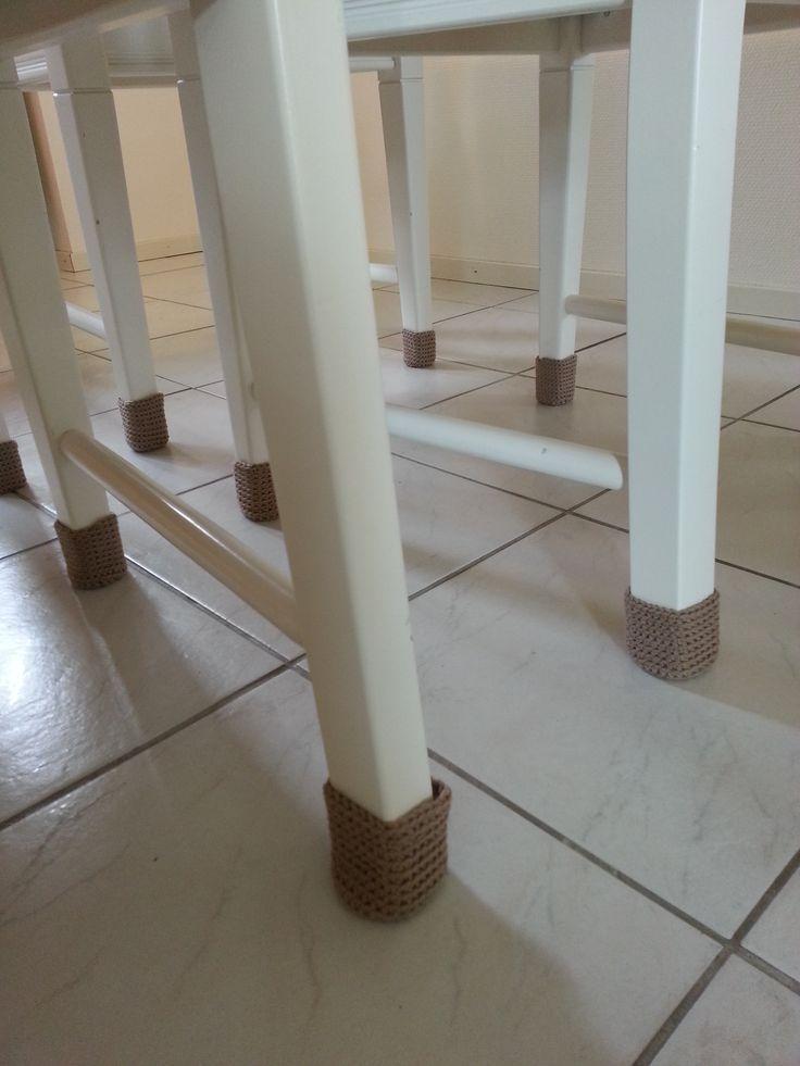 Sukat tuolille Tuolin jalkoihin pestävät ja kestävät sukat huopatassujen tilalle