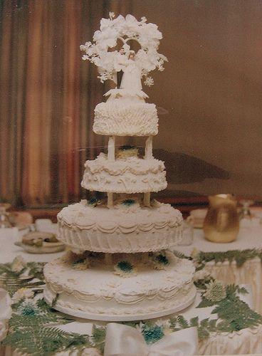 WEDDING CAKE 1970'S STYLE....., #wedding #cake