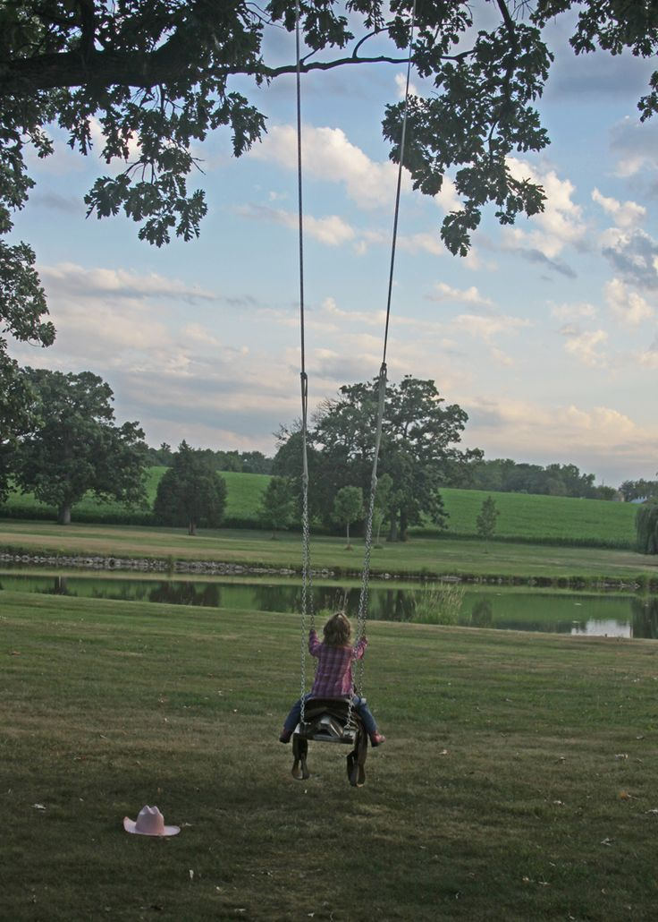 COWGIRL HEART: DIY What a fun idea...a saddle swing! This would be so much fun to have in the yard :)