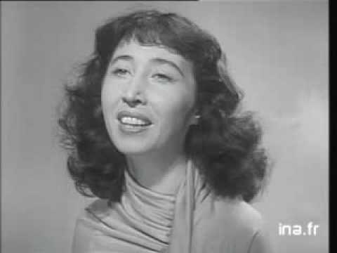 Écrit par Jacques Prévert et composé par Maurice Thiriet pour le film Les Visiteurs du Soir (1942) - Interprété en 1952 par Cora Vaucaire