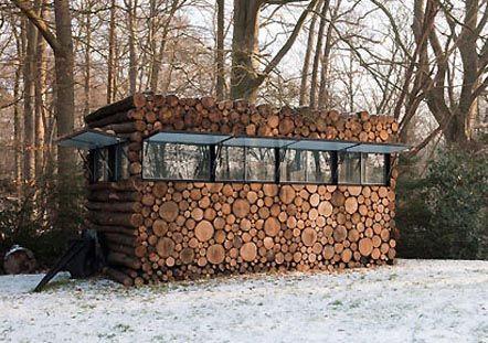 Cabane en bois cabanes pinterest jardins nature et for Grande cabane jardin