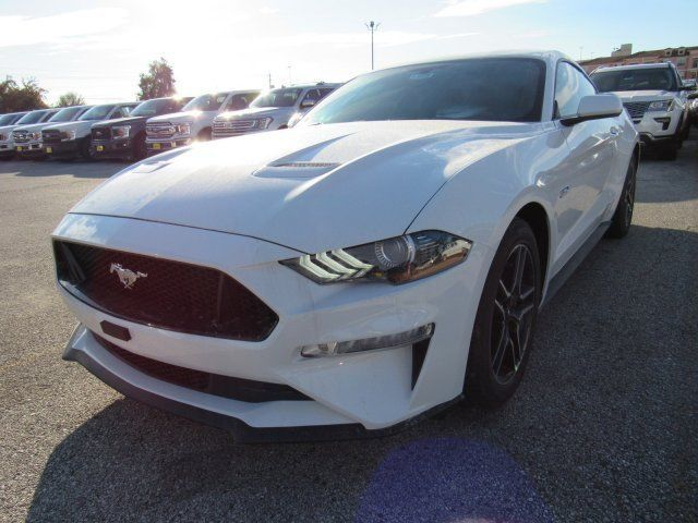 Ebay 2019 Mustang Gt 2019 Ford Mustang Gt 5 Miles Oxford White 2dr Car Premium Unleaded V 8 5 0 L 302 Mustang Gt New Mustang Ford Mustang