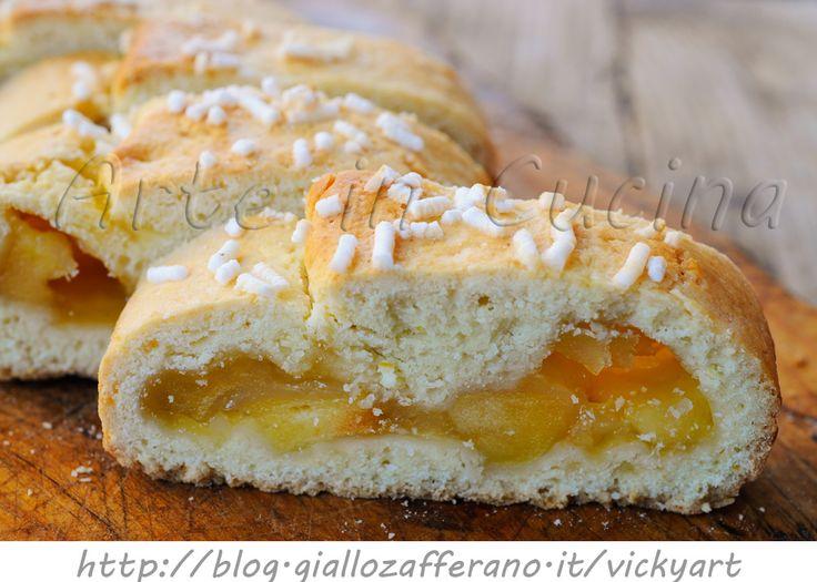 Bensone modenese mele e marmellata ricetta dolce veloce, facile da realizzare, dolce da merenda, colazione, frolla morbida, dolce ripieno, mele, marmellata di pesche